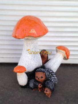 Три гриба с ёжиками