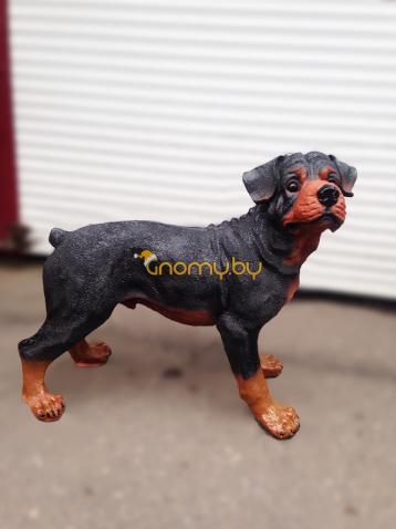 Садовая фигура ротвейлер щенок