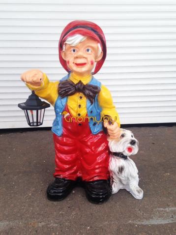 Мужичок с фонариком и собачкой